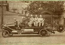Первый пожарный автомобиль в Киеве