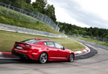 Kia-Stinger-at-Nurburgring_5