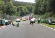 масштабная авария на Нюрбургринге