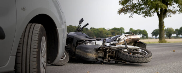moto car crash