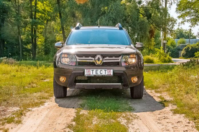 Renault Duster с роботом