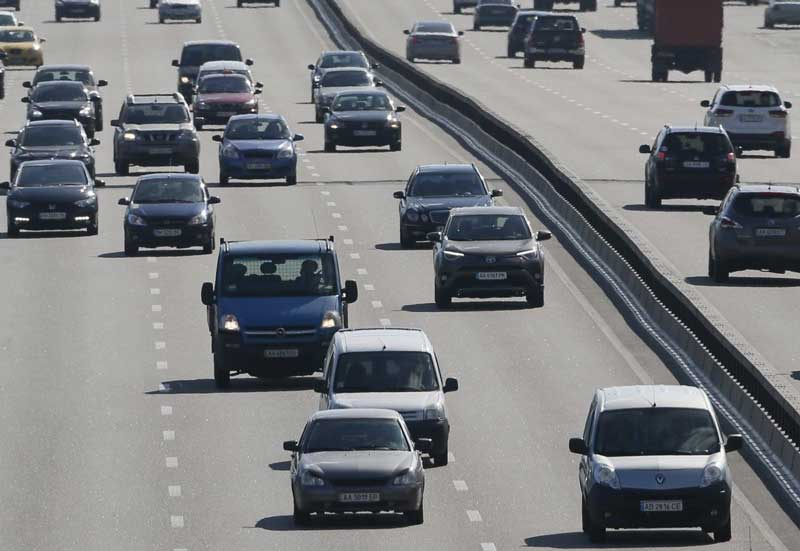 Президент подписал законы о финансировании дорожного хозяйства