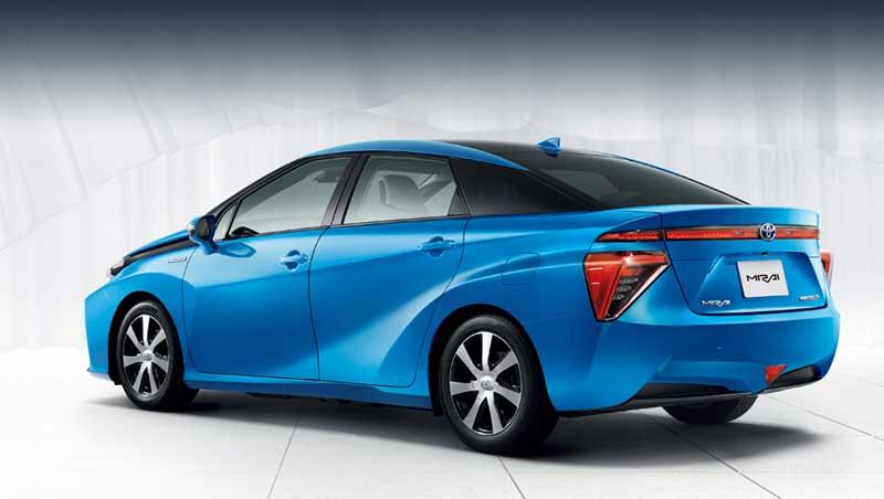 Toyota подключила блок топливных элементов к заводу