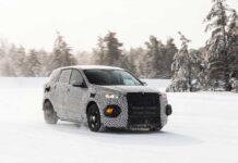 Ford тестирует электрический кроссовер в стиле Mustang