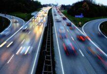 Германия отказалась ограничивать скорость на автобанах