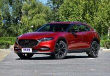 Mazda обновила кросс-купе CX-4