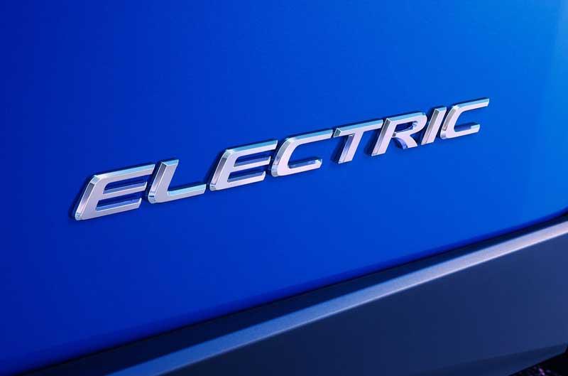 Первый электромобиль Lexus дебютирует уже в ноябре