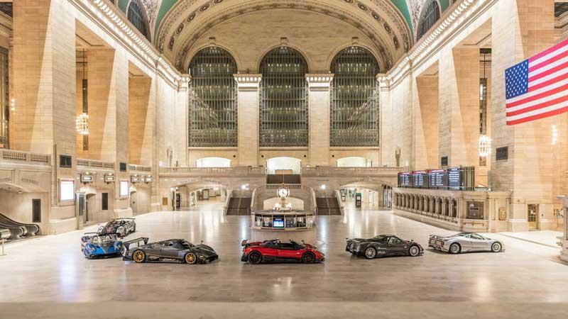 Pagani устроила выставку суперкаров на железнодорожном вокзале