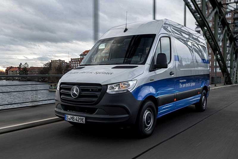 Mercedes-Benz электрифицировал Sprinter