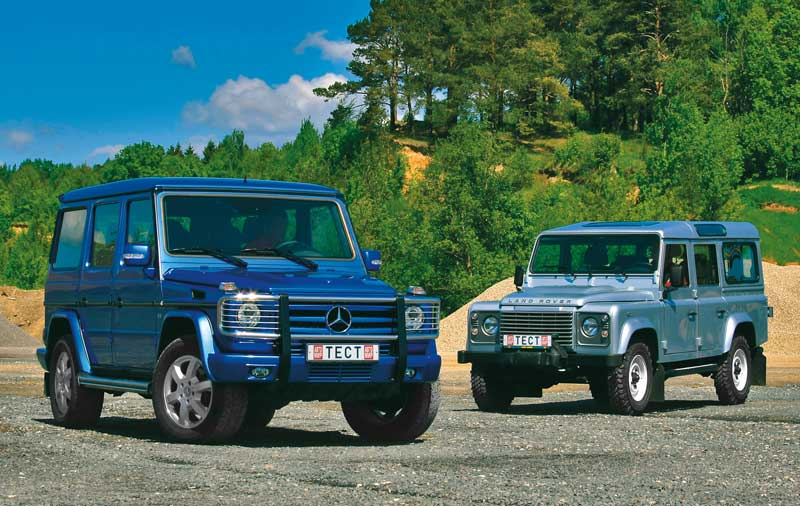 Mercedes-Benz G-класса против Land Rover Defender