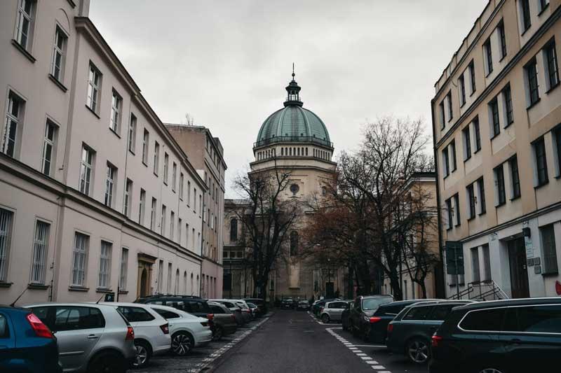 Немецкий хулиган поцарапал автомобили на миллион евро