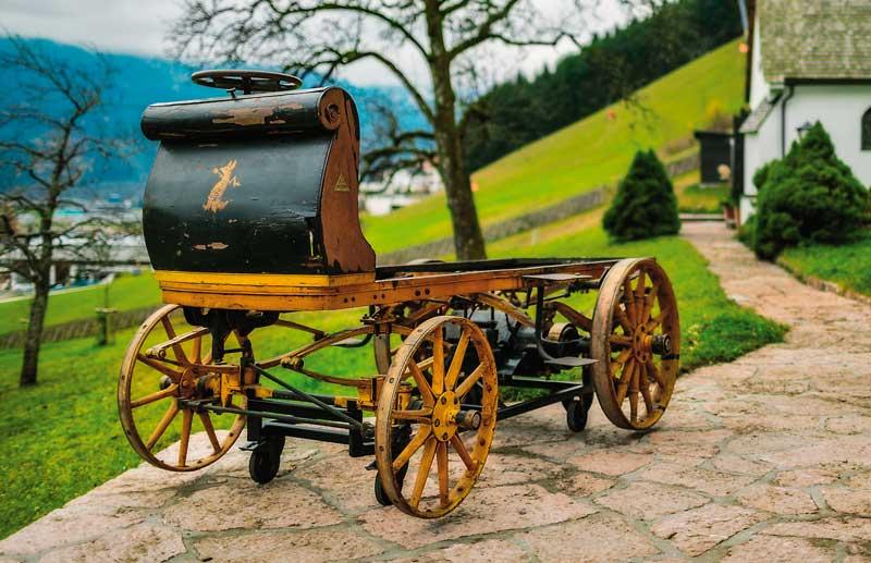 Каким был первый электромобиль Фердинанда Порше