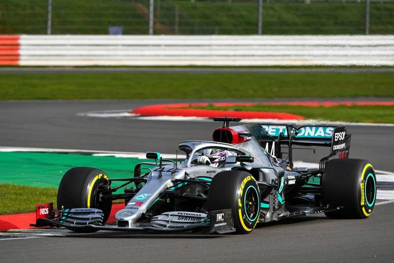Новый болид Mercedes стал первой сенсацией Формулы-1 в 2020 году