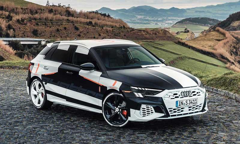 Audi показала внешность хэтча S3 Sportback