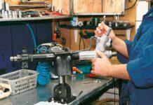 Как ремонтируют усилители руля?