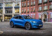 Ford распродал почти всю первую партию электрокара Mustang Mach-E
