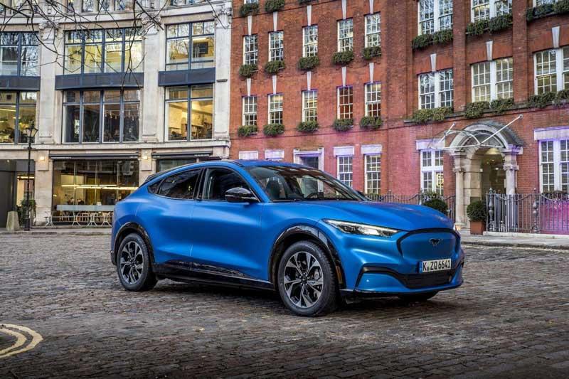 Ford розпродав майже всю першу партію електрокара Mustang Mach-E