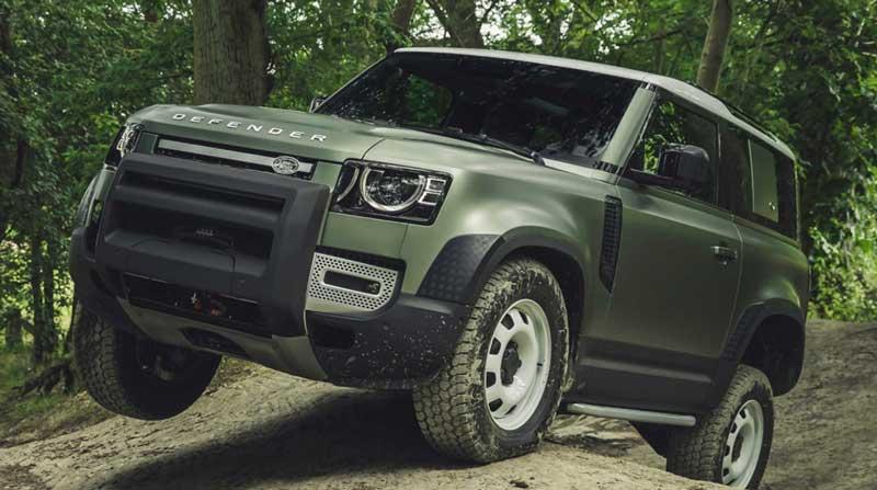 Младший Land Rover Defender обрастает новыми подробностями