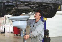 Нужно ли промывать двигатель перед заменой масла?