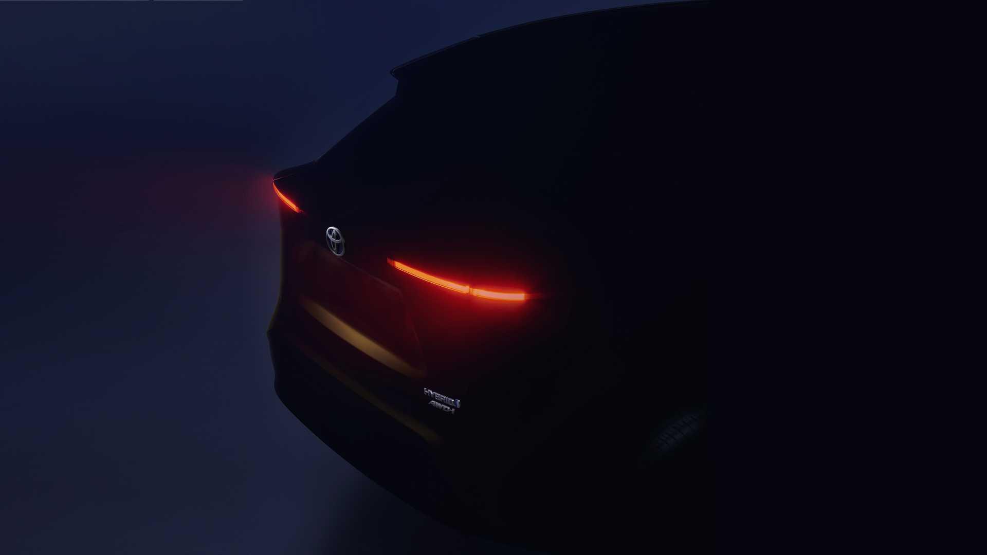Toyota отложила дебют компактного кроссовера