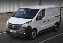 Mitsubishi выпустила клон Renault Trafic под собственным именем