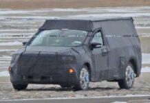 Ford может выпустить пикап в стиле Bronco