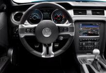 Ford могут засудить за «механику» на «Мустанге»