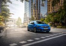 Новый Peugeot 308: теперь с полностью цифровым салоном