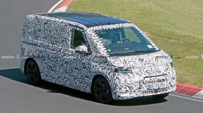 Volkswagen вывел на тесты гибридный Transporter