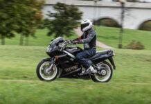 Мотоцикли класу спорт-турист: як вибрати доступну, але надійну модель