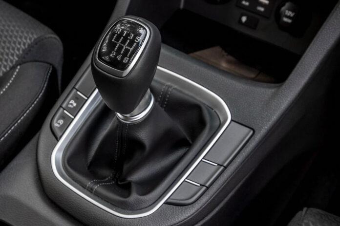 Hyundai разработал механическую коробку передач без педали сцепления