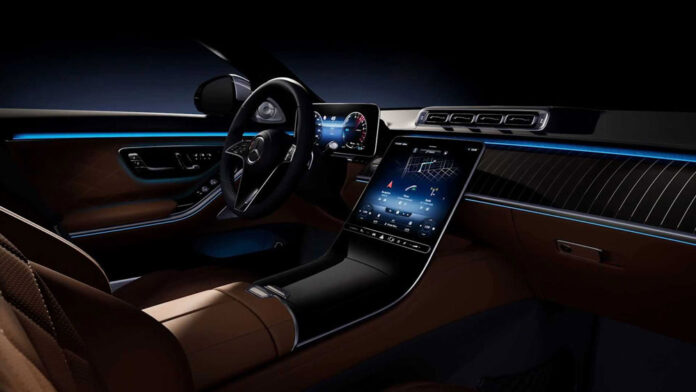 Mercedes-Benz раскрыл интерьер нового S-класса