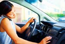 Какой штраф ждет водителя за разговоры по телефону за рулем