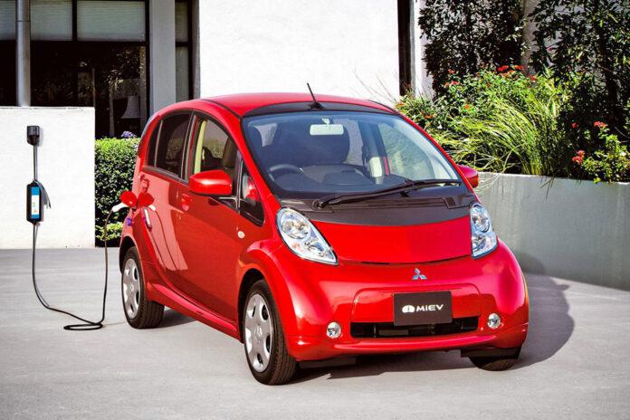 Mitsubishi снимет с производства свой первый электромобиль