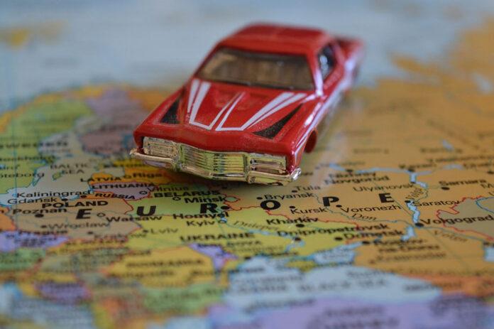 Поездка в Европу на машине: какая нужна страховка?