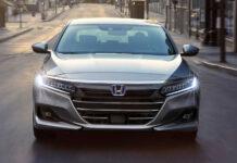 Десятый Honda Accord пережил рестайлинг