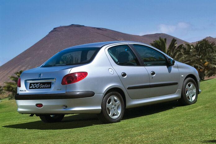 Как выбрать подержанный седан Peugeot 206