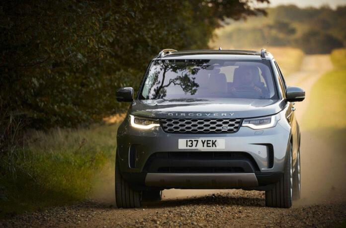 Обновленному Land Rover Discovery перетряхнули моторную гамму