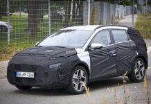 Компактный кроссовер Hyundai Bayon впервые попал на фото