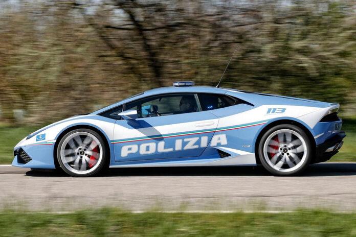 Итальянская полиция спасла жизнь человеку благодаря Lamborghini