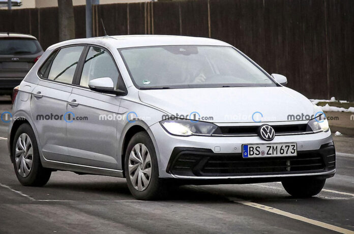 Обновленный Volkswagen Polo заметили во время испытаний