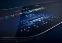 Новое измерение мультимедийной системы MBUX: EQS с уникальным экраном Hyperscreen
