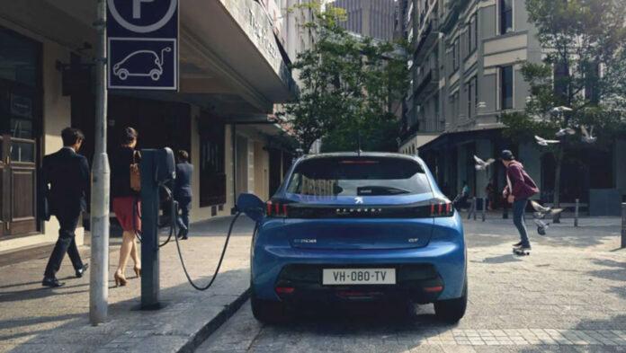 Peugeot 208 и 2008 будут только электрическими