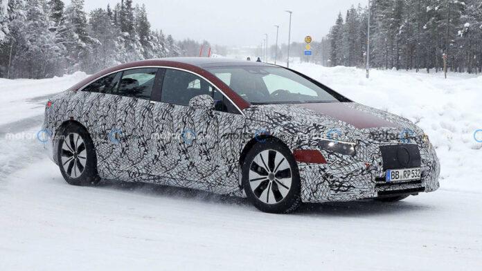Mercedes-Benz EQS заметили на зимних испытаниях