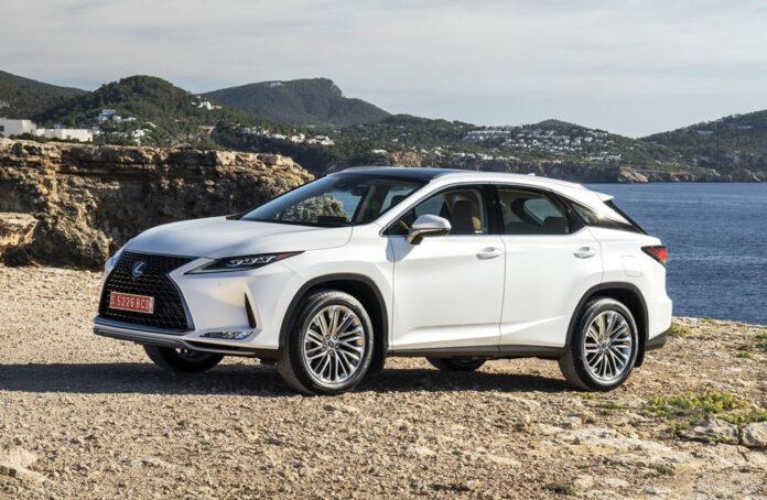 История и самые популярные модели бренда Lexus