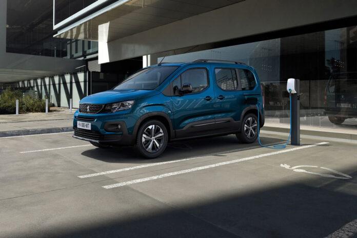 Peugeot представила электрический минивен e-Rifter
