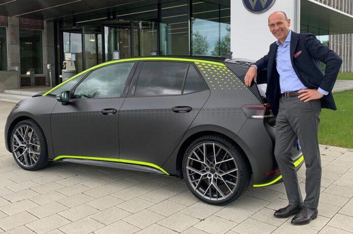 Volkswagen показав «гарячий електричний хетчбек ID.X