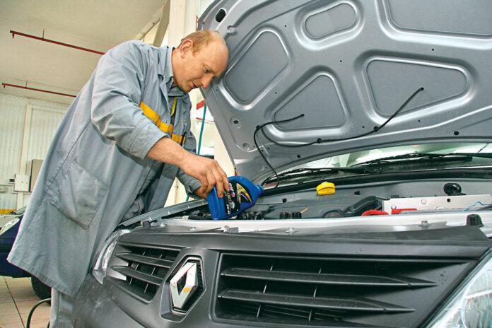 Як обрати моторне масло для вживаного автомобіля