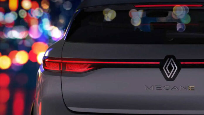 Renault показала перші зображення нового Megane