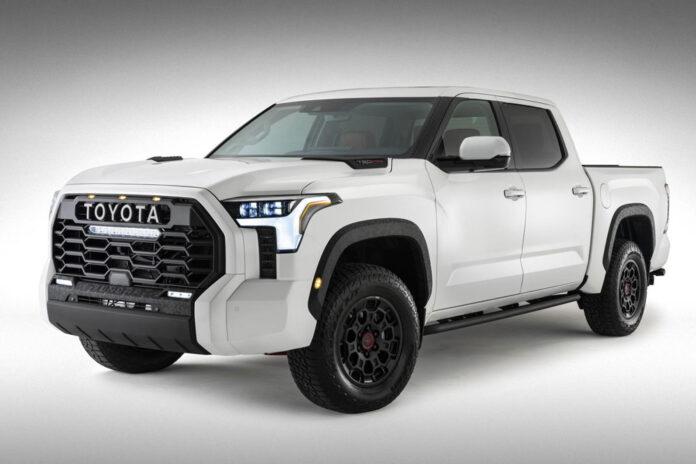Toyota показала зовнішність пікапа Tundra
